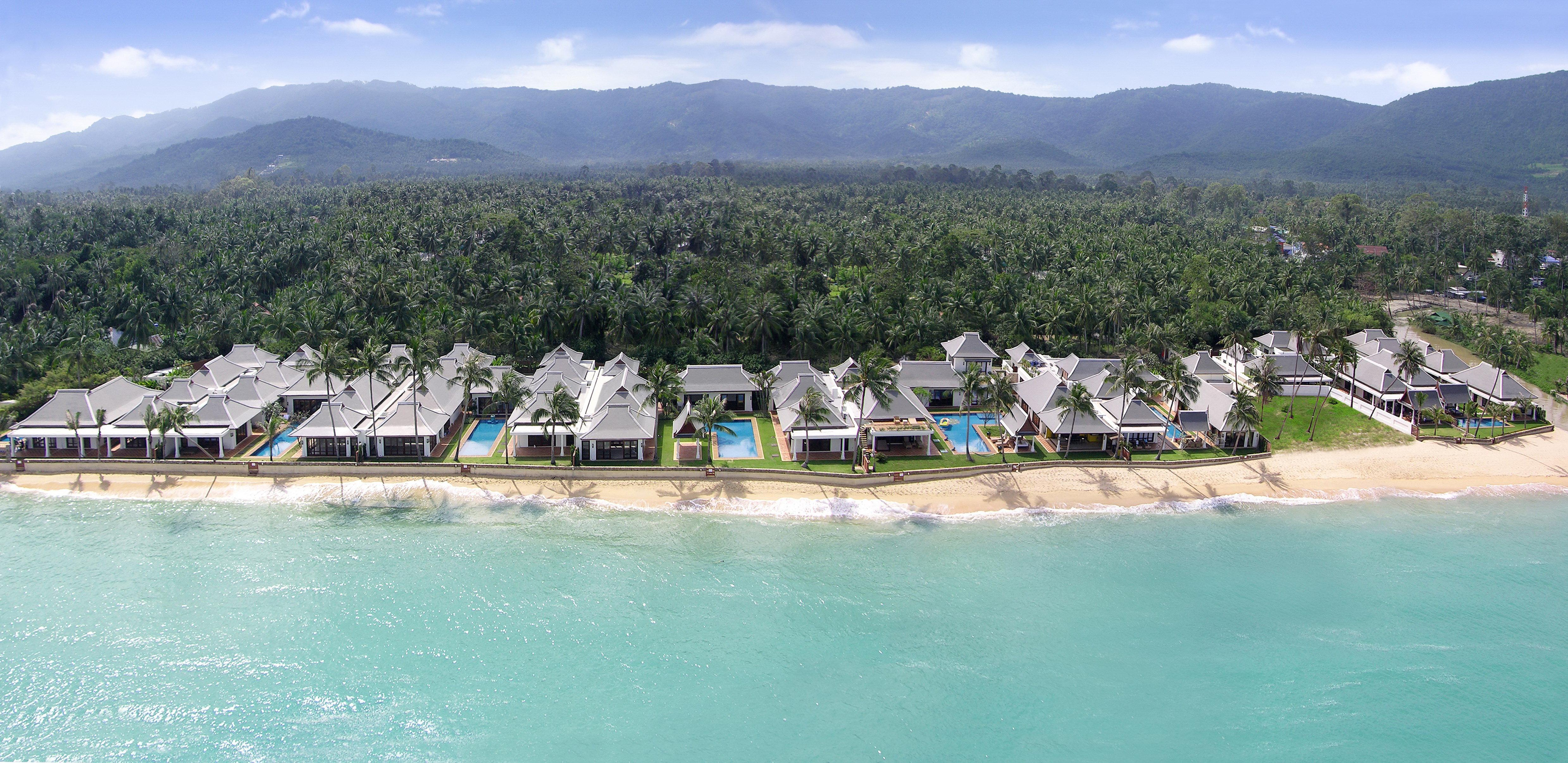 Causes To Select Beachfront Villas for Sale